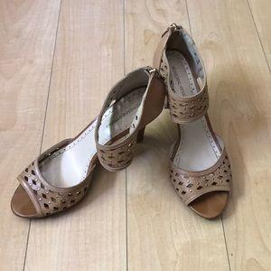 ff56254e429e Adrienne Vittadini Shoes